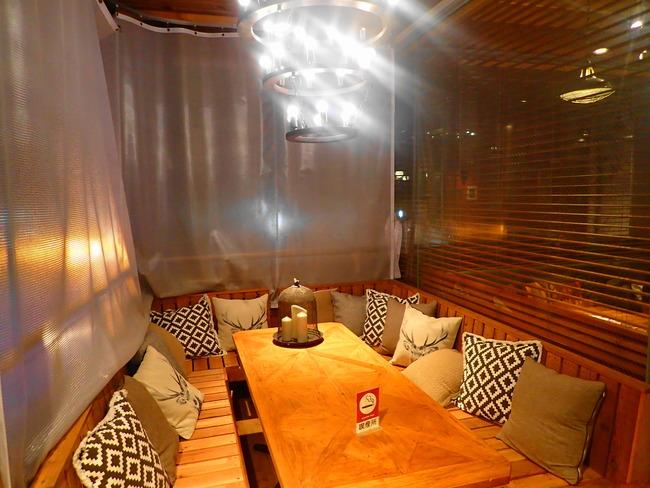 ビストロエンドウの喫煙室