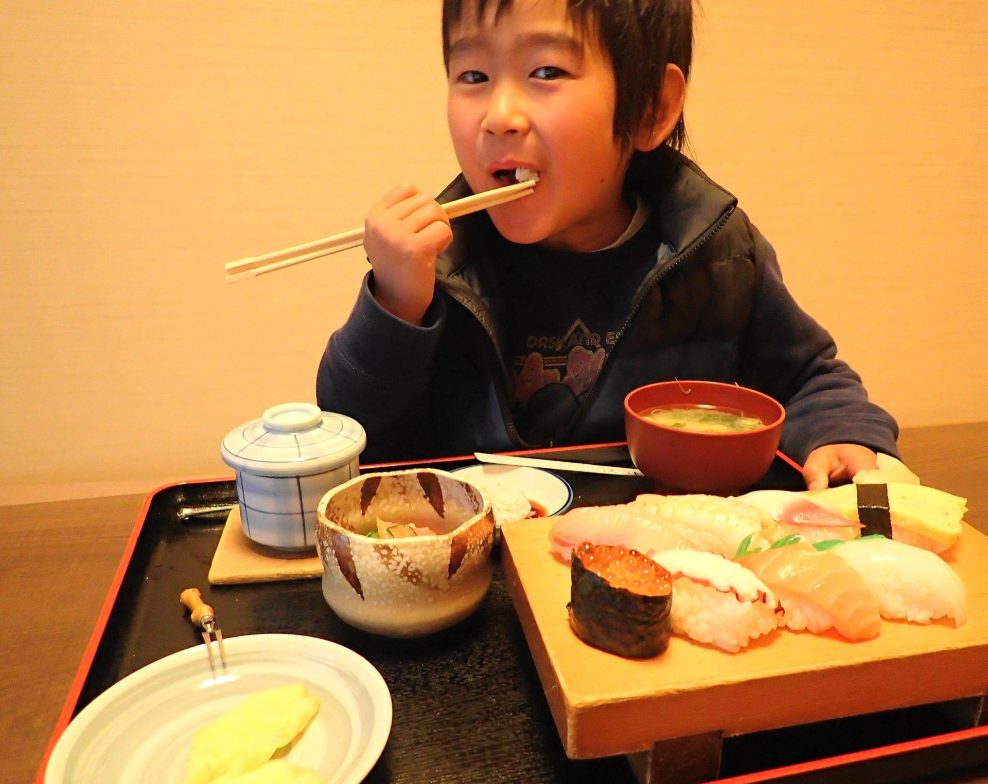 寿司とし|千波湖近く職人が握る本格寿司ランチが1000円 - いばらじお♪