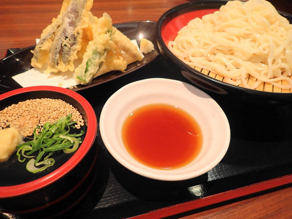 極楽湯 水戸 の天ぷらうどん特盛