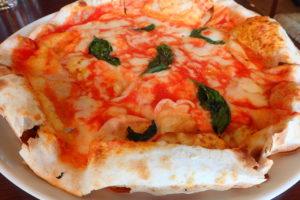 イルコンパーニョのマルゲリータピザ