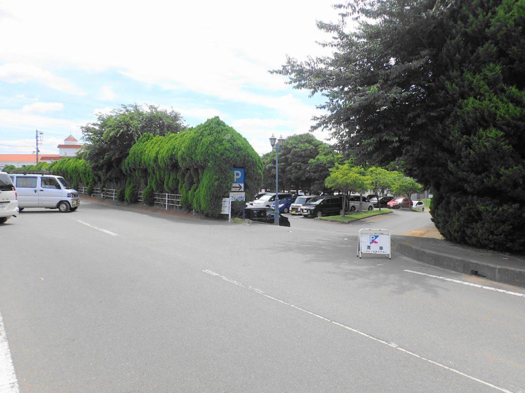 レイクサイドつくばの駐車場