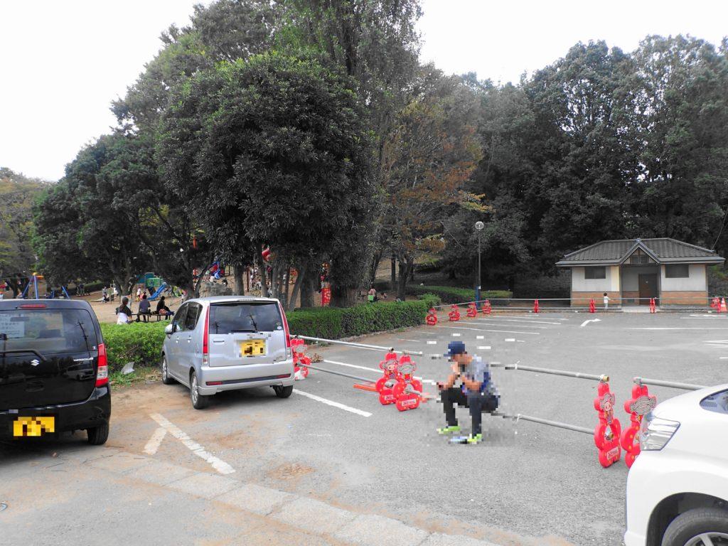 少年の森の駐車場