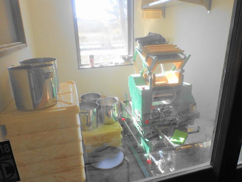 麺 一直 の製麺機