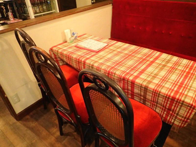 花きゃべつ 水戸 テーブル席
