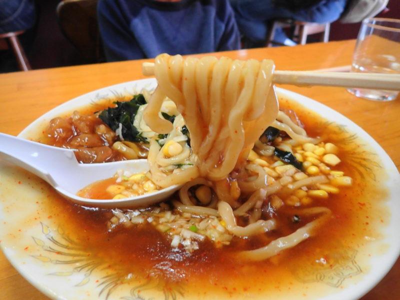 手打らーめん 大進 勝田 の焼肉冷しの麺