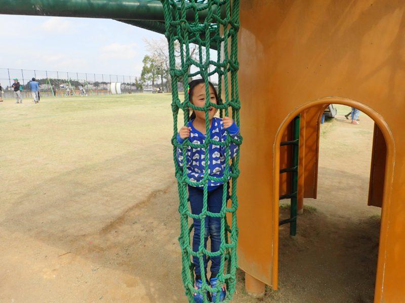 笠間市総合公園 遊具で遊ぶ子5