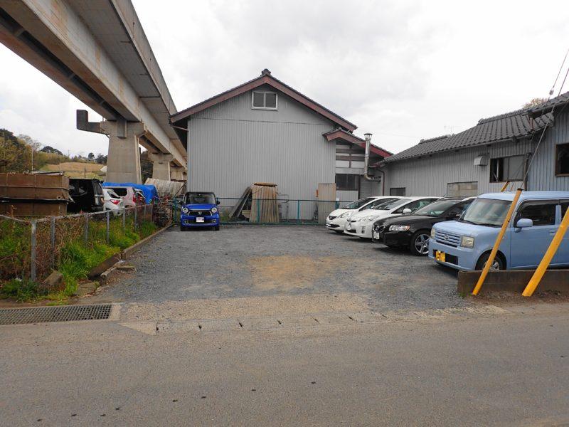 渡来人 の駐車場