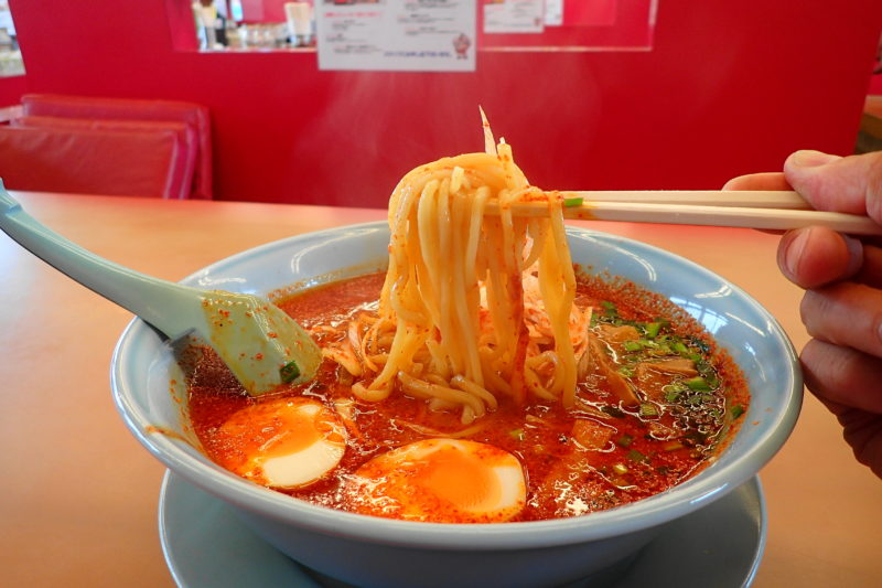 山岡家 地獄のウルトラ激辛ラーメン の麺
