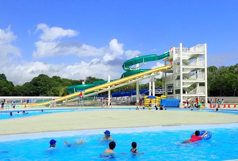 水郷プール のスライダー