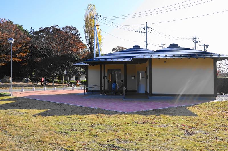 新しく整備された「千波公園少年の森 」のトイレ